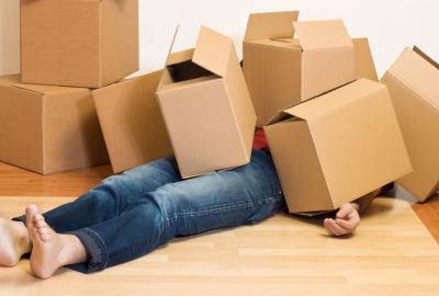 如何在搬家之前創建嬰兒照看計劃