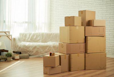 搬家時 您是否應該僱用包裝工進行下一步行動?